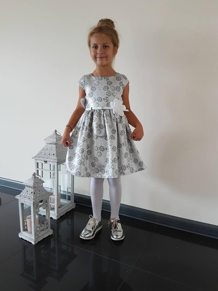 Dievčenské šaty s margarétkami Baby 68