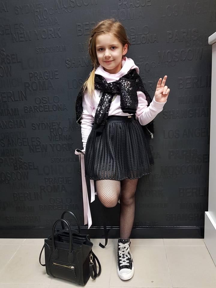 Dievčenská sukňa pletená čierna 98