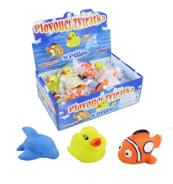 Zvieratká plávajúce za svetlom