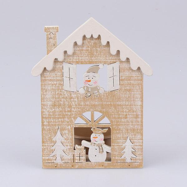 Drevený svietnik so snehuliakom